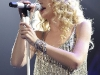 taylor-swift-leggy-at-justin-timberlake-and-friends-concert-01