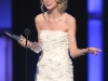 taylor-swift-peoples-choice-awards-2010-in-los-angeles-01