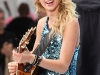 taylor-swift-performs-on-the-nbc-today-in-new-york-07