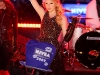 taylor-swift-times-square-for-new-years-eve-celebration-12