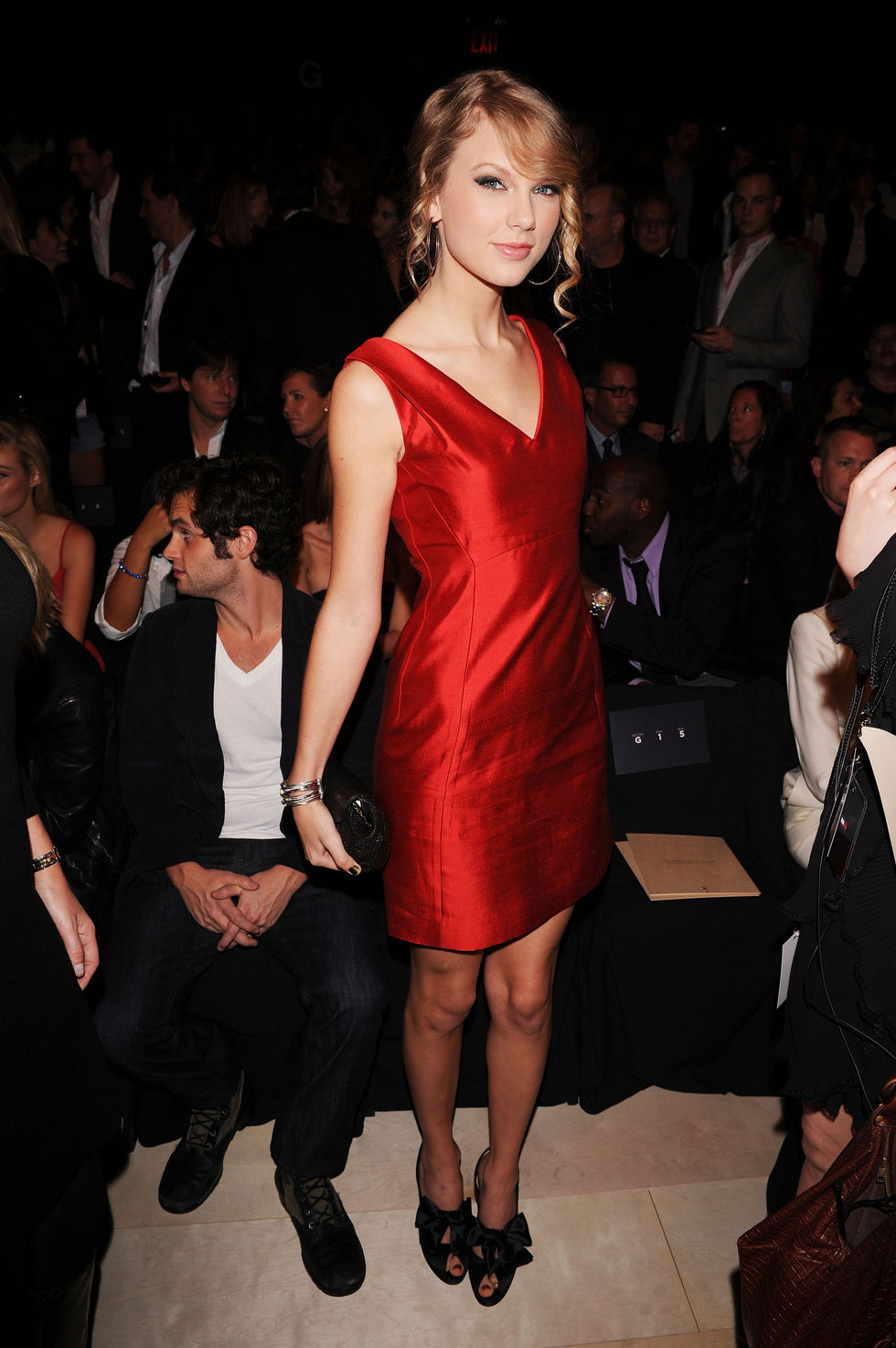 taylor-swift-tommy-hilfiger-spring-2010-fashion-show-01