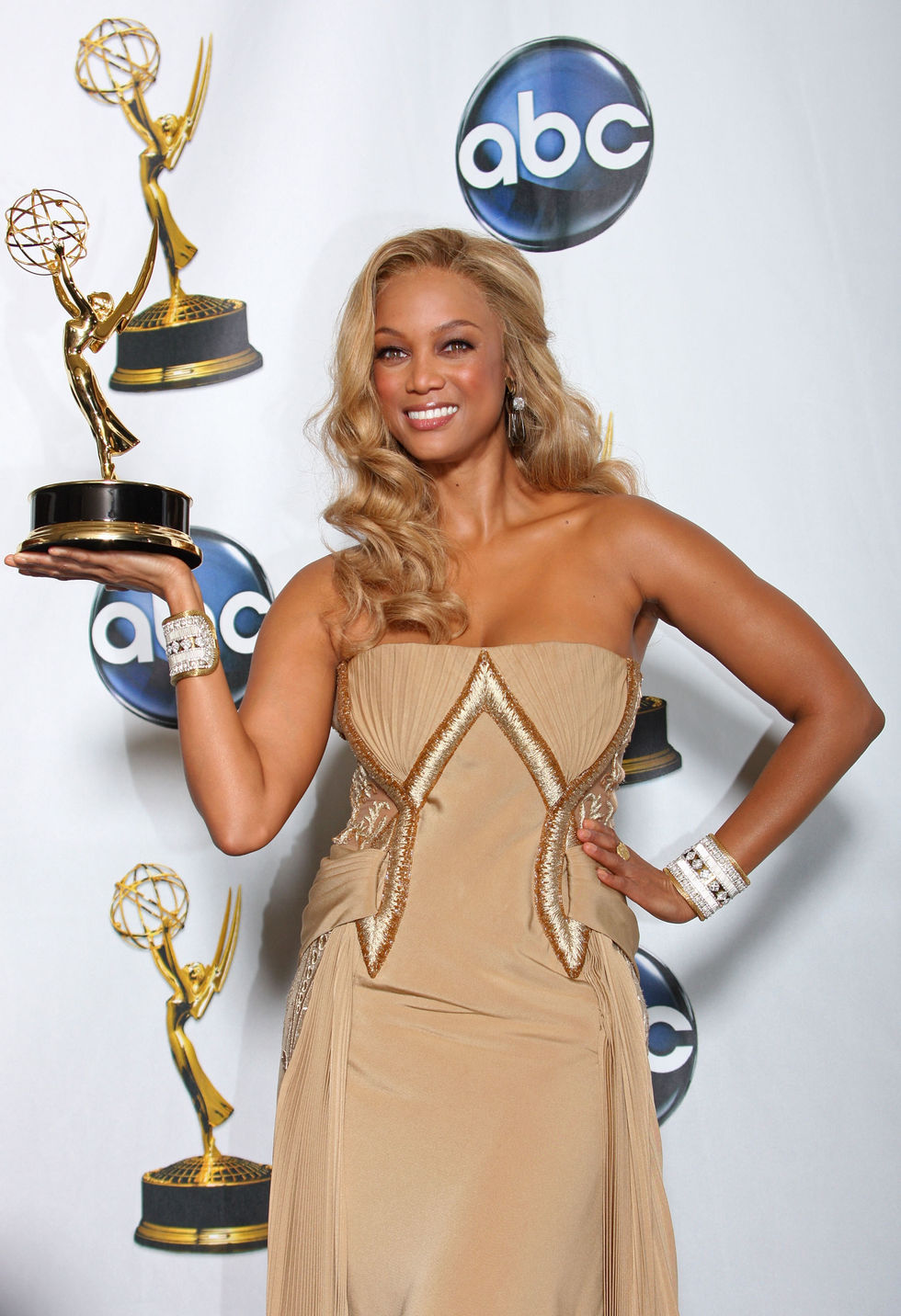 tyra-banks-35th-annual-daytime-emmy-awards-04
