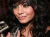 vanessa-hudgens-high-school-musical-3-premiere-in-mexico-city-06