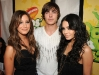vanessa-hudgens-nickelodeons-22nd-annual-kids-choice-awards-11