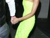 victoria-beckham-cleavage-candids-at-st-albans-restaurant-in-london-05