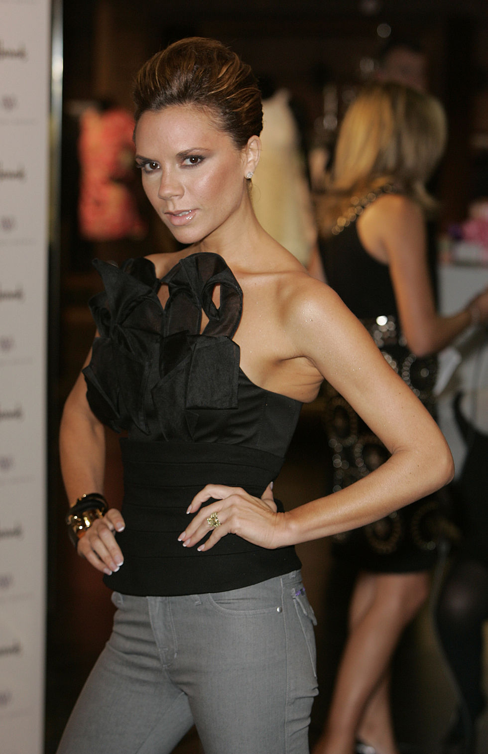 victoria-beckham-launches-dvb-llabel-at-harrods-in-london-01