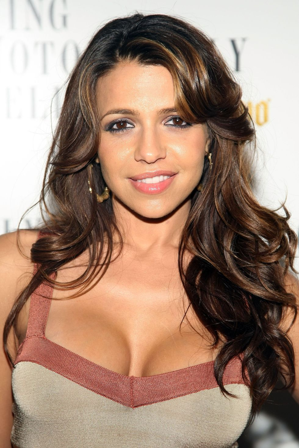 vida-guerra-living-notoriously-well-with-jose-cuervo-super-bowl-celebration-in-los-angeles-01