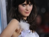 zooey-deschanel-yes-man-premiere-in-los-angeles-05