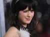 zooey-deschanel-yes-man-premiere-in-los-angeles-09